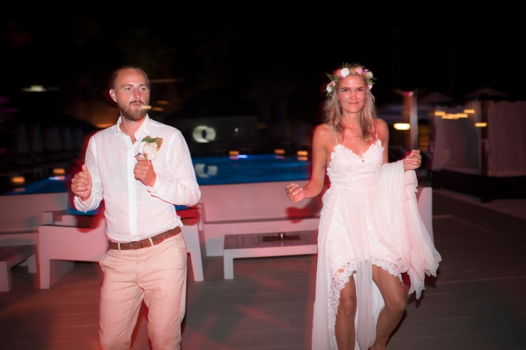 weddingpurobeachk-550.jpg