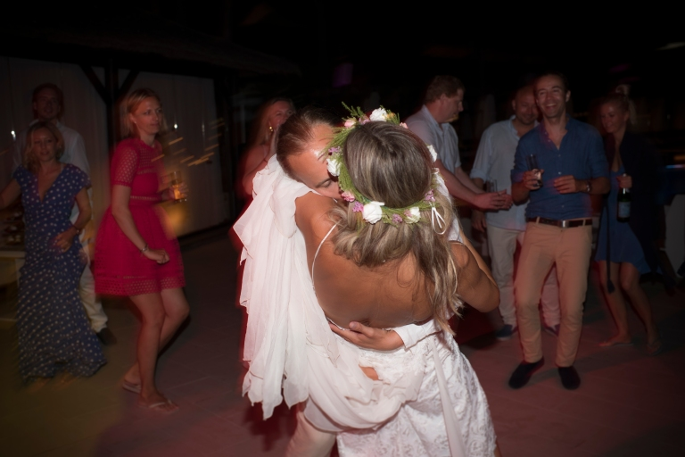 weddingpurobeachk-690.jpg